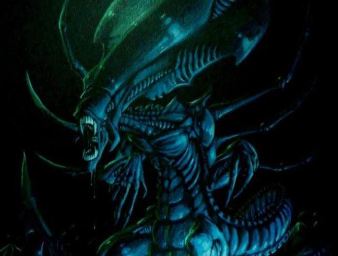 La Reine Alien (crayons de couleur sur papier noir)
