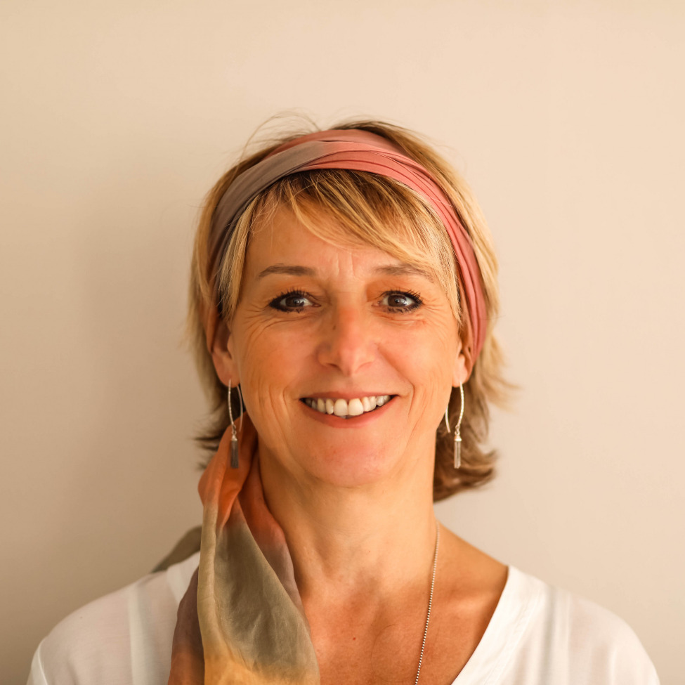 Sandrine Vaujany - Experte en Pilates - Guide de pleine conscience