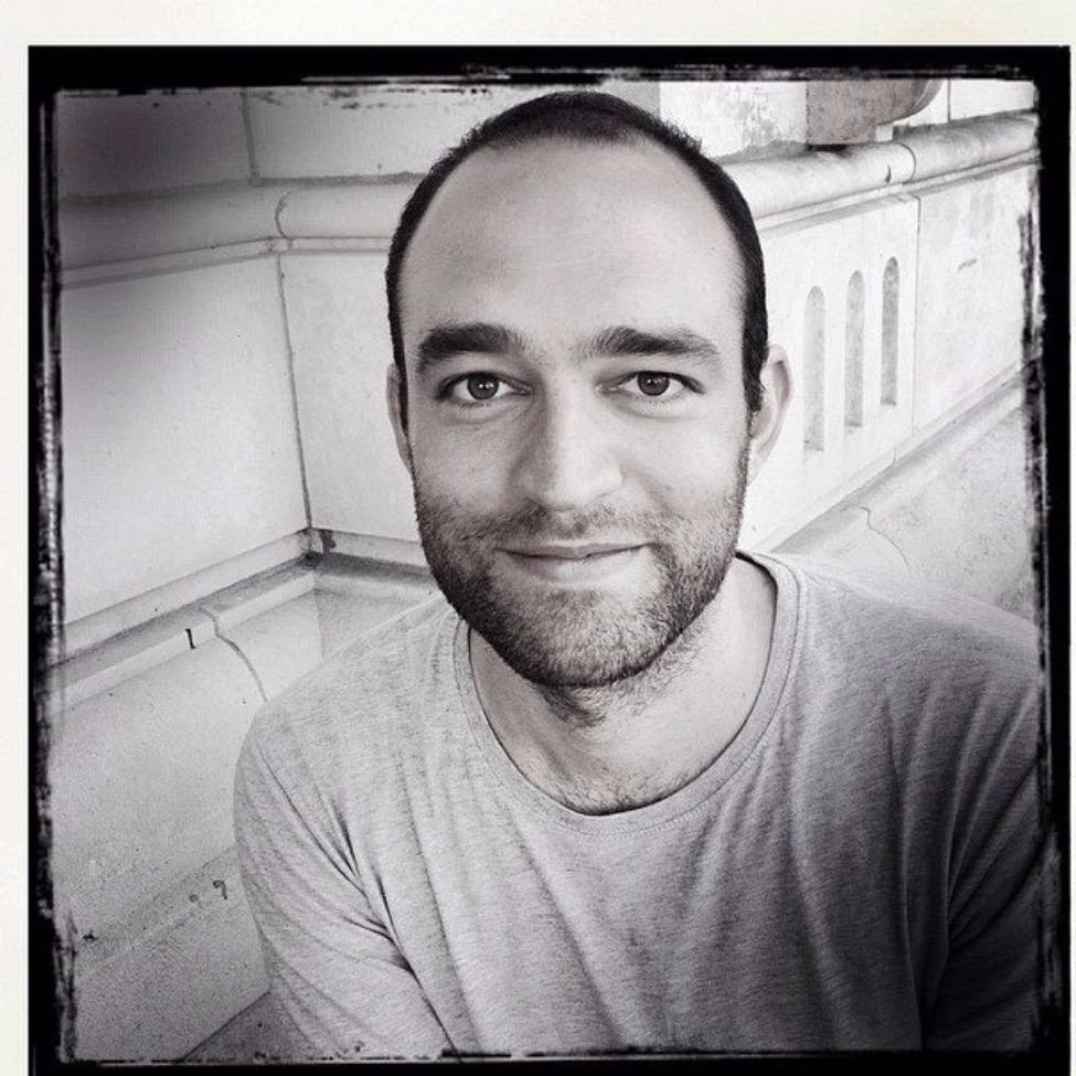 Clément Montfort --- Réalisateur de [ NEXT ]