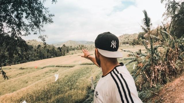 Yann.Travel